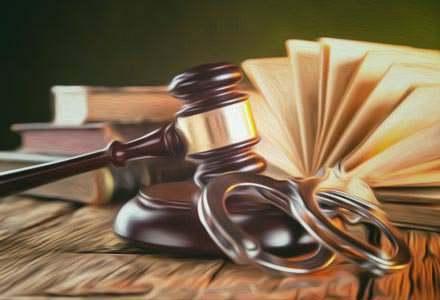 Kancelaria Adwokacka Szczytno, Porady prawne z zakresu prawa karnego, postępowania karnego, prawa wykroczeń, prawa karnego skarbowego, zasad orzekania kary, zasad tymczasowego aresztowania, środków zapobiegawczych, postępowania przygotowawczego, praw pokrzywdzonego, praw oskarżonego, wyroku łącznego, prawa karnego wykonawczego – odroczenia wykonania kary, udzielenia przerwy w odbywanej karze, warunkowego przedterminowego zwolnienia, zawieszenia wykonania kary, Sporządzanie opinii prawnych, zawiadomień o popełnieniu przestępstwa, wniosków o obrońcę z urzędu, zażaleń na umorzenie postępowania, aktów oskarżenia, odpowiedzi na akt oskarżenia, zażaleń, apelacji oraz wszelkich pism w toku postępowania przed sądem karnym, wniosków o odroczenie wykonania kary, o udzielenie przerwy w odbywaniu kary, o warunkowe przedterminowe zwolnienie